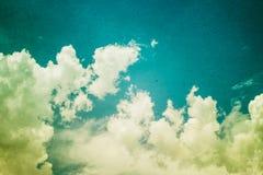 Rocznik projektujący Chmurny i niebo obraz royalty free