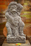 Rocznik statua bóstwa łasowanie Rangda bali Indonesia Zdjęcie Royalty Free