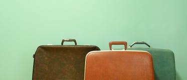 Rocznik walizka dla podróży zdjęcie royalty free