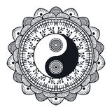 Rocznik Yin i Yang w mandala Obrazy Stock