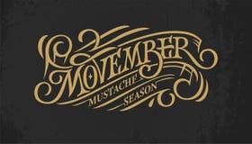 Rocznik złocisty pisze list Movember na ciemnym chalkboard tle Retro typografia dla sztandaru, reklama, promo, druku projekt Fotografia Royalty Free