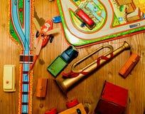 Rocznik zabawki Zabawki dla chłopiec retro zabawki Płaski projekt Zdjęcia Royalty Free