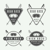 Rocznik zimy lub jazda na snowboardzie sportów logowie, odznaki, emblematy zdjęcia royalty free