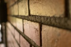 Rocznika ściana z cegieł tło Abstrakcjonistyczny wizerunek stary wraku stucc Fotografia Stock