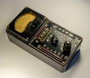 Rocznika analogowy multimeter Fotografia Stock
