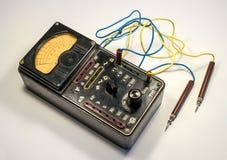 Rocznika analogowy multimeter Zdjęcie Royalty Free