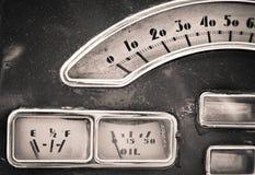 Rocznika art deco deski rozdzielczej Samochodowi wymierniki zdjęcie stock