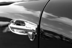 Rocznika Aston Martin strony szczegół czarny i biały zdjęcie stock