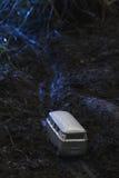 Rocznika autobusu VW Mała metal zabawka w naturze w nocy Obrazy Royalty Free