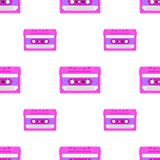 Rocznika bezszwowy wzór z analog muzycznymi kasetami 80s Loopable tło z magnesowymi taśmami dźwiękowa ilustracja wektor