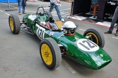 Rocznika bieżny samochód przy Pau Historyczny Uroczysty Prix Zdjęcie Royalty Free