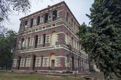 Rocznika budynek w New Delhi, India wśrodku Czerwonego fortu kompleksu fotografia stock