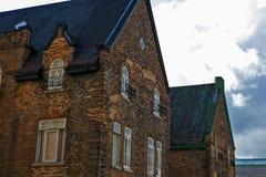 Rocznika budynku dachu wierzchołki w Quebec mieście Fotografia Royalty Free