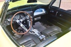 Rocznika Chevrolet korweta C3 w Charlottetown, Kanada zdjęcie stock