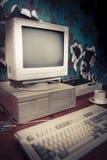rocznika dramatyczny oświetleniowy stary workspace zdjęcie royalty free