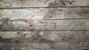 Rocznika drewna znak stare deski pukał wraz z ośniedziałymi gwoździami obraz royalty free
