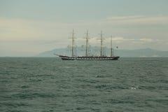 Rocznika żeglowania statek na wysokich morzach Fotografia Royalty Free
