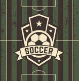 Rocznika futbolu znak na polu Fotografia Royalty Free