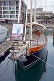 Rocznika jacht dla dzierżawienia w wiaduktu basenie, Auckland Nowa Zelandia Obraz Royalty Free