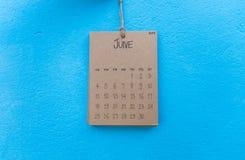 Rocznika kalendarza 2017 handmade zrozumienie na błękit ścianie Obraz Royalty Free