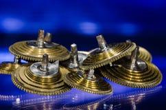 Rocznika Kieszeniowego zegarka Fusee Konusuje Odpoczywać na Błękitnej powierzchni Zdjęcia Royalty Free