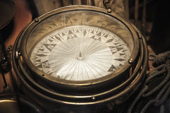 Rocznika kompas, zamyka w górę fotografii Zdjęcia Stock