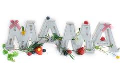 Rocznika MAMA listy Dekorujący z wiosna kwiatami i owoc Obrazy Stock