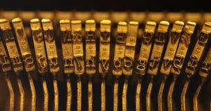 Rocznika maszyna do pisania Ręczny zakończenie up zdjęcie wideo