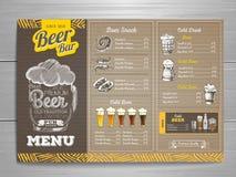 Rocznika menu piwny projekt na kartonie Obrazy Stock