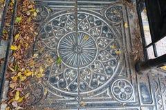 Rocznika metalu schody, odgórny widok obrazy stock