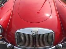Rocznika MG czerwony samochód Fotografia Stock