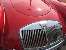 Rocznika MG czerwony samochód Zdjęcia Stock