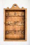 Rocznika obwieszenia drewniany klucz Fotografia Stock