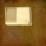 Rocznika papier z grunge ramami dla fotografii Zdjęcia Stock