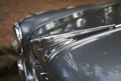 Rocznika Peugeot symbol fotografia royalty free