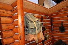 Rocznika przedsięwzięcia plenerowy wyposażenie na beli kabinie zdjęcie royalty free