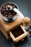 Rocznika ręczny kawowy ostrzarz Zdjęcia Royalty Free