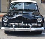 Rocznika samochód czarny odwracalny obrazy stock