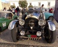 Rocznika samochód - Klasyczni pojazdy Obraz Royalty Free