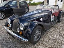 Rocznika samochód - Klasyczni pojazdy Obrazy Royalty Free