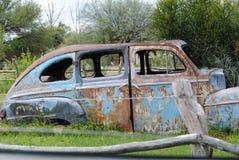 Rocznika samochód w parku Obrazy Royalty Free