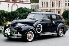 rocznika samochodowy ślub zdjęcie royalty free