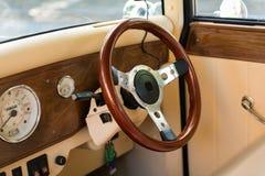 Rocznika samochodu wnętrze obrazy stock