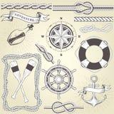 Rocznika seafaring elementy - kierownica, wiosła, arkany rama Zdjęcia Royalty Free