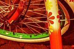 Rocznika spojrzenie przy jeden rowerowym szczegółem Obrazy Stock