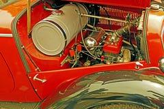 Rocznika spojrzenie przy jeden starym samochodem 4 Obrazy Stock