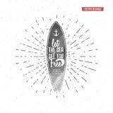 Rocznika surfingu plakat dla, grafika i Surfingowiec, plaży stylowy literowanie Kipieli typografii odznaka Obrazy Stock