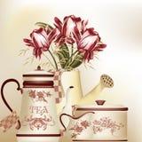 Rocznika tło z teapot, filiżanką i tulipanami w pastelowych brzmieniach, Zdjęcia Royalty Free