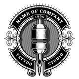 Rocznika tatuażu studio emblem_1 dla białego tła Fotografia Royalty Free