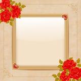 Rocznika wektorowy tło z złocistymi ramowymi i czerwonymi różami Fotografia Stock
